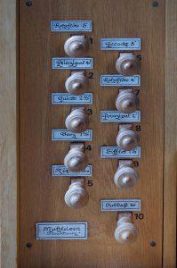 Register der Orgel der Thomaskirche