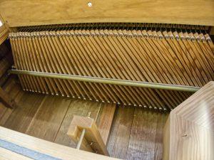 Spieltraktur der Tronsdorf Orgel