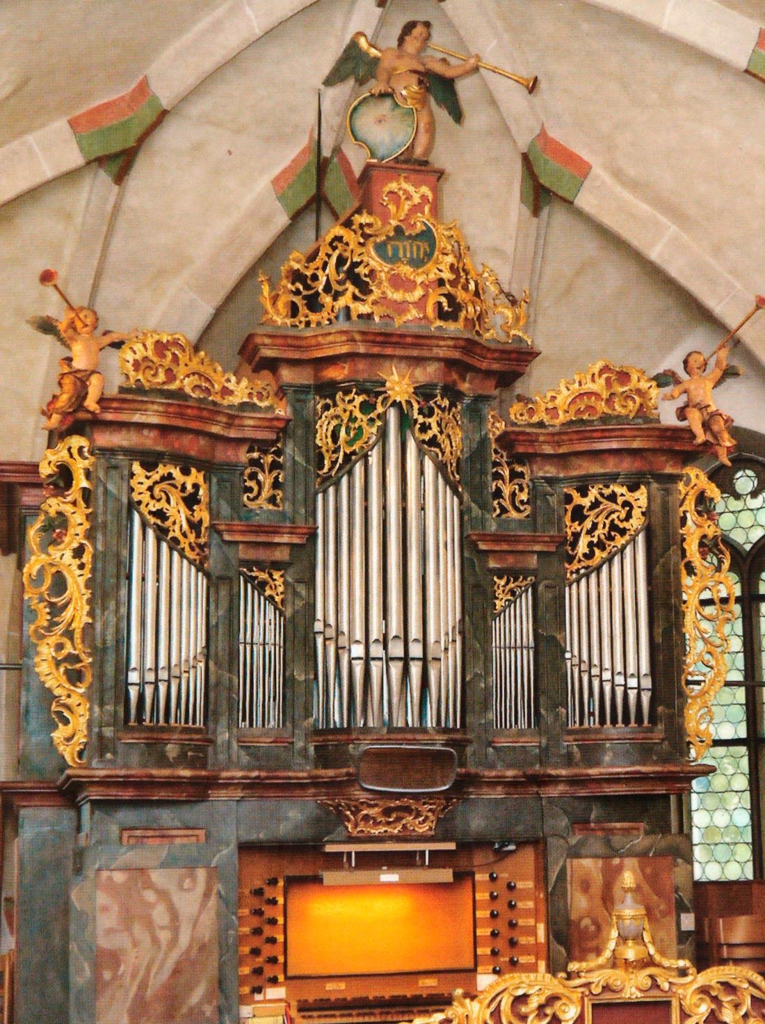 Orgel der Martinskirche Oberlenningen