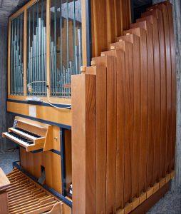 Orgel Aussegnungshalle Waldfriedhof